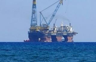İtalyan ENI şirketinin sondaj gemisi doğalgaz sahasını...