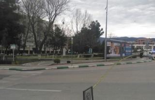 Bursa'da yol kenarına bırakılan valiz büyük panik...