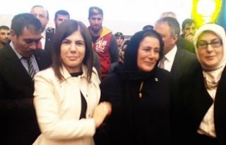 81 CHP'li istifa edip AK Parti'ye geçti