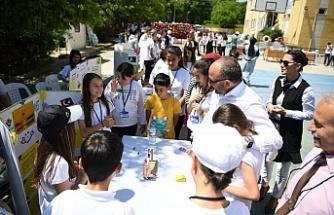 Başkan Üzülmez Kocaeli'deki bilim şenliğine katıldı