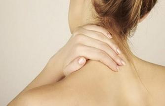 Boyun düzleşmesi belirtileri, ağrıları ve tedavi süreci