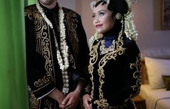 Endonezyalı gelin Türk geleneklerine göre evlendi
