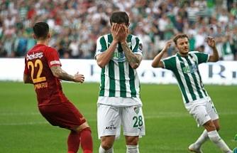 Bursaspor bu sezon evindeki ilk maçta 1 puanla yetindi