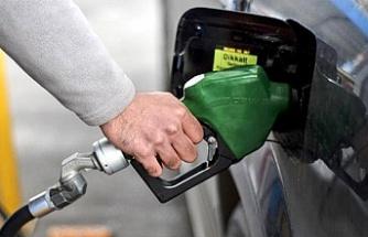 Benzin fiyatında 19 kuruş indirim