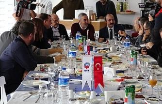 """Bursaspor Teknik Direktörü Aybaba """"Biz geriye düşmemeliyiz"""""""