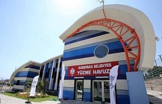 Karşıyaka'dan kadınlara ücretsiz yüzme kursu