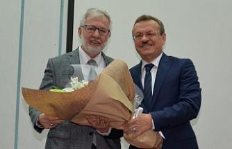 Prof. Dr. Kılavuz görevi devraldı