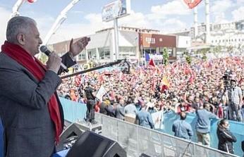 """Başbakan Yıldırım: """"Siz yıkarsınız, biz yaparız"""""""