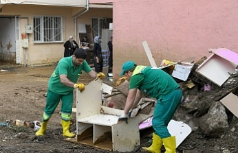 Osmangazi Belediyesi Ekipleri Sel Bölgesinde