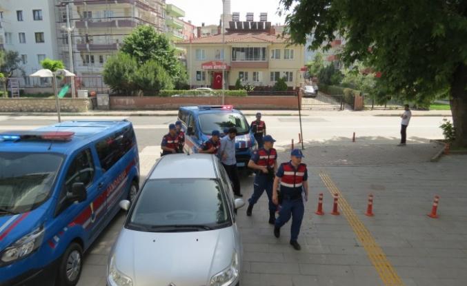 Bursa'da iftar vakti tüm ailesini öldüren katil 'namus' dedi