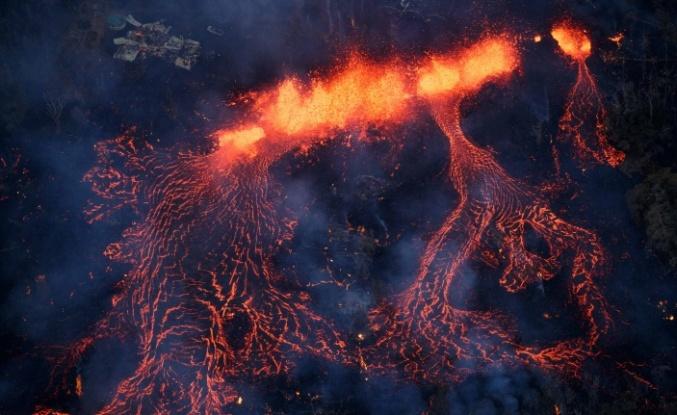 Havai'deki volkan patlaması (Kilauea Volkanı) her yeri yakıp geçiyor