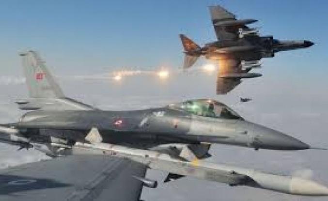 TSK Kuzey Irak'ta terör mevzilerini bir bir vuruyor