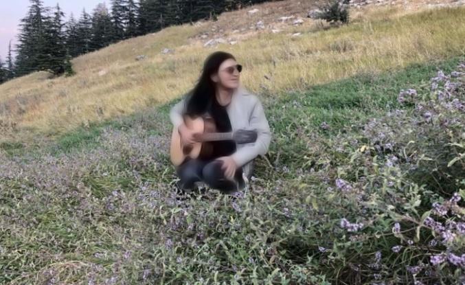 Bir dönem herkes onun müziklerini dinliyordu... O ise huzuru yaylalarda buldu