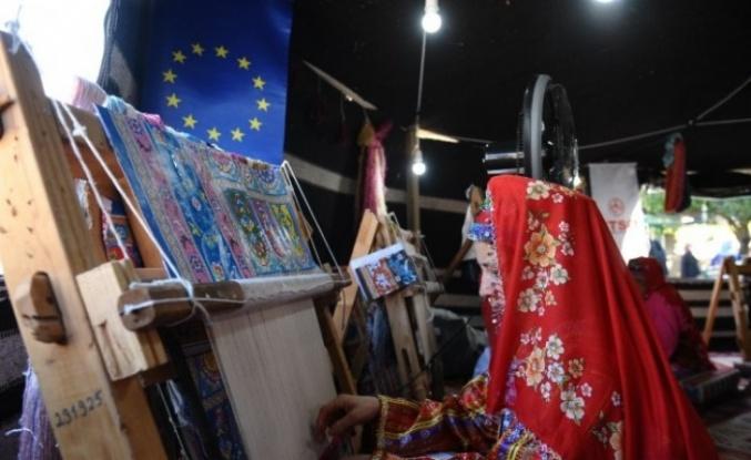 Bursa'da Osmanlı dönemindeki ipek ticareti yeniden canlandırıldı.