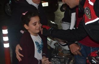 Bursa'da abisinin motoru için ağlayan kız ve polisin diyaloğu duygulandırdı