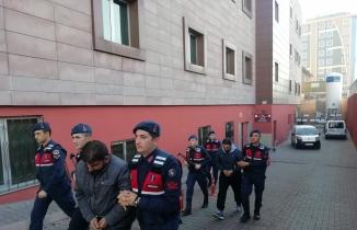 Kayseri'de yakalanan 2 DEAŞ'lı adliyeye sevk edildi