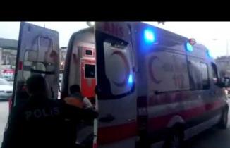Bursa'da falçatalı kavga! Arkadaşının kulağını kesti...