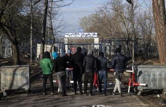 Sığınmacıların Avrupa kapısında bekleyişi 18. gününde